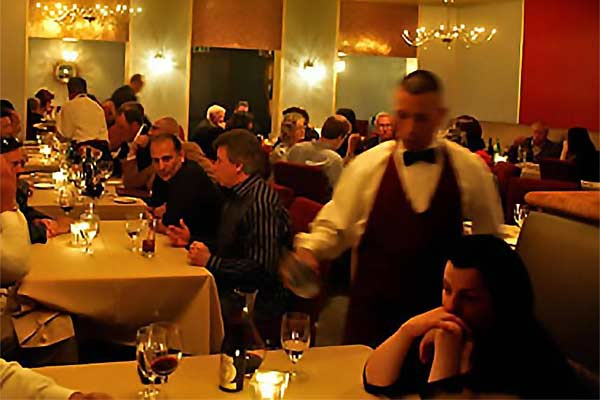 Piero Selvaggio S Valentino Is Widely Regarded As One Of The Top Italian Restaurants In U Provides World Cl Fine Dining Food
