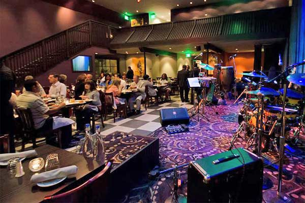 Angelicas Fine Dining Bar And Entertainment Redwood City Urban