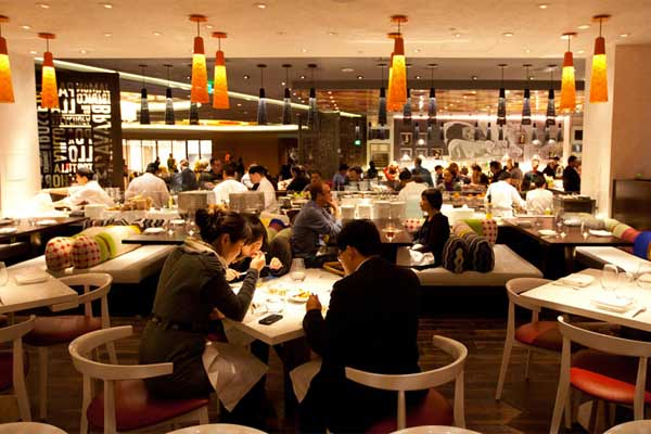 Culinary Mastermind José Andrés His Thinkfoodgroup Brings The Authentic Flavor Of Spanish Tapas And Paellas To Las Vegas With Award Winning Jaleo
