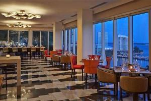 15th & Vine Kitchen And Bar - Miami