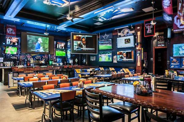 Blondies Sports Bar And Grill Las Vegas Urban Dining Guide