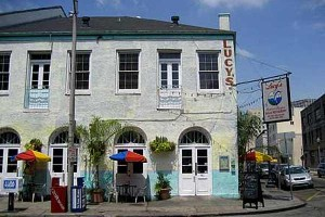 Lucy's Retired Surfers Bar & Restaurant - New Orleans