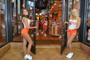 Hooters - Downtown - Los Angeles