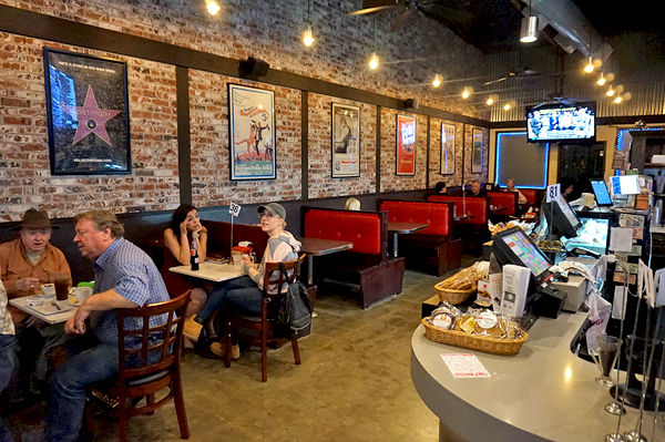 Studio City Crave Cafe