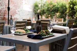 We Olive & Wine Bar - Pasadena