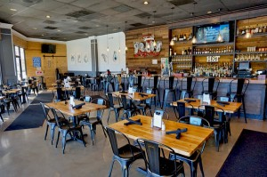 Heads & Tails Seafood Restaurant and Oyster Bar - Harahan