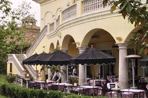 Maggiano S Farmers Market Los Angeles Urban Dining Guide
