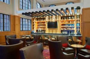 The District Bar & Kitchen - Nashville