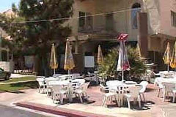 Coffee Pub – Las Vegas | Urban Dining Guide
