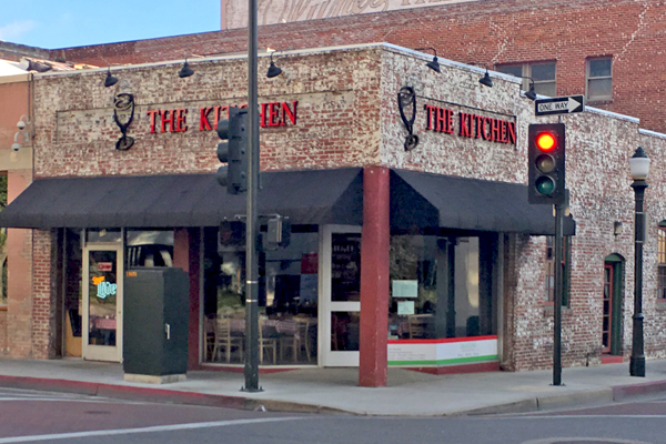 The Kitchen Italian Cafe And Pizzeria Pasadena Urban