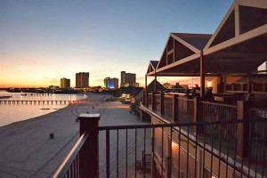 Hemingway's Island Grill - Pensacola Beach - FL