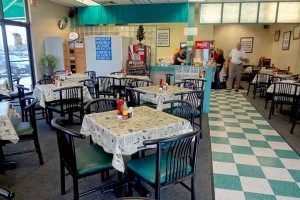 Mr. Roo's Deli & Catering - Metairie