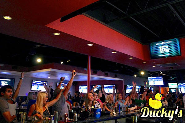 Ducky S Sports Lounge Tampa Urban Dining Guide